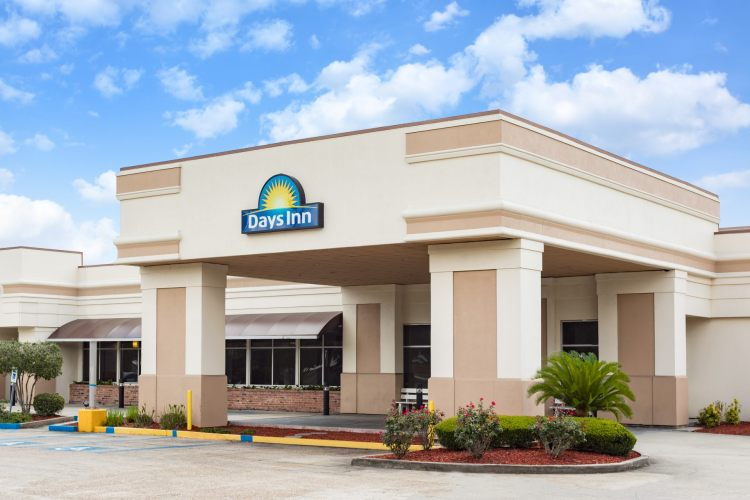 Hotels Near New Orleans Airport With Free Shuttle